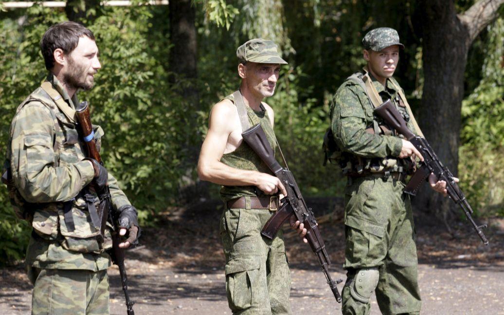 Боевики проведут эксгумацию тел погибшего мирного населения / © Reuters