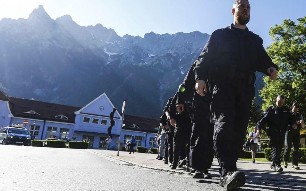 Полийцейские на демонстрации против G7 в Миттенвальде / © Reuters