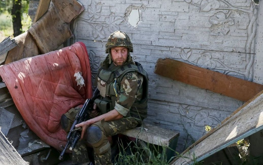 Марьинка находится под контролем сил АТО. / © Reuters