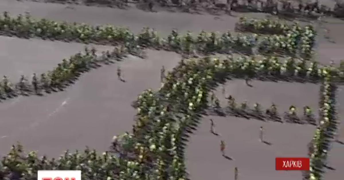 В Харькове создали гигантский «живой велосипед»
