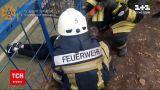 Новини України: в Сумській області рятувальники звільняли 10-річного хлопчика, який застряг у огорожі