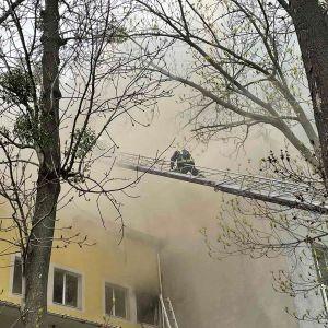 В Виннице вспыхнул масштабный пожар в офисном помещении: есть жертва (фото, видео)
