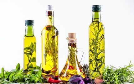 Ароматизована олія для салатів: як приготувати оригінальну заправку