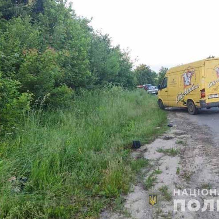 Врізався у мікроавтобус: у Тернопільській області в ДТП загинув 13-річний школяр (фото)