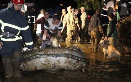 В Тбилиси возросло количество жертв масштабного наводнения