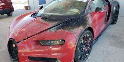У США на аукціоні за 345 тисяч доларів продають згорілий Bugatti Chiron