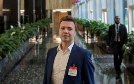 """""""Зняли з літака"""": у Мінську за наказом Лукашенка затримали опозиційного журналіста"""