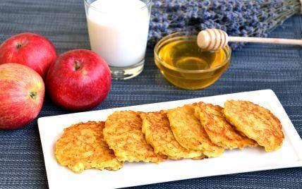 Яблочные оладьи: простой рецепт