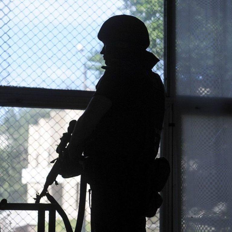 """Оккупанты трижды нарушили режим """"тишины"""": один военный подорвался на мине"""