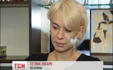 В элитном ночном клубе Киева парень внезапно набросился на незнакомку и распорол ей лицо