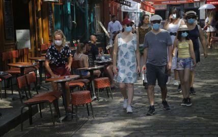 В отпуск к Эйфелевой башни: украинцы снова могут путешествовать во Францию
