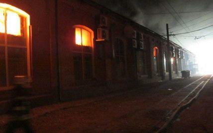 Пожар в одесском отеле обесточил трамвайное депо: вагоны вышли на маршруты с опозданием