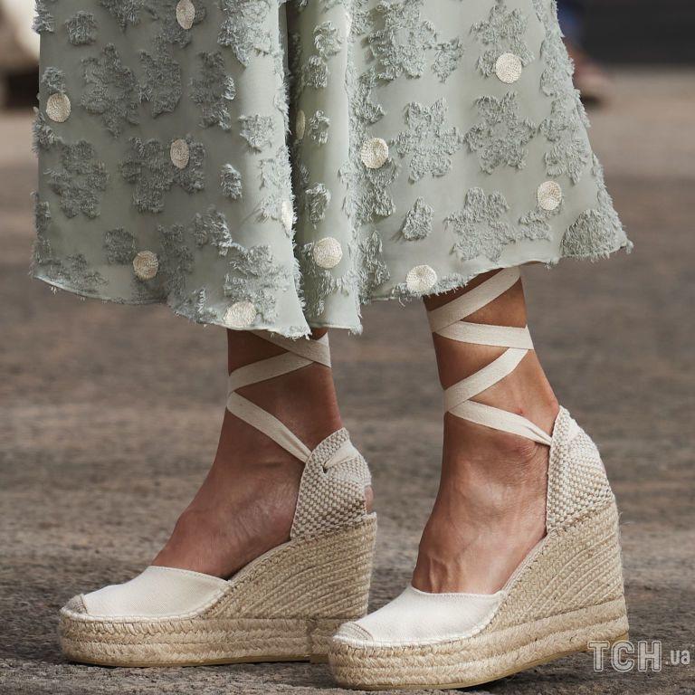 Эспадрильи - любимая обувь королев, герцогинь, кинозвезд и моделей