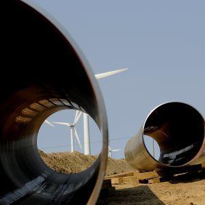 """В России заявили, что газопровод """"Северный поток-2"""" построен на 95%"""