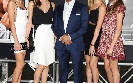69-летний Сильвестр Сталлоне похвастался дочками-красавицами