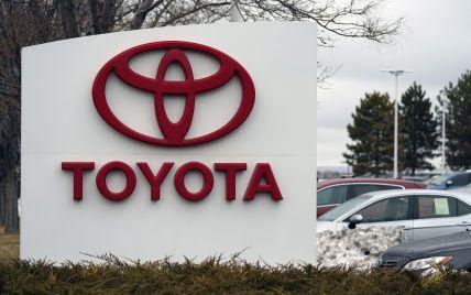 Чекаємо на дешеві електричні та гібридні авто: Toyota та Panasonic збираються істотно зменшити вартість батарей