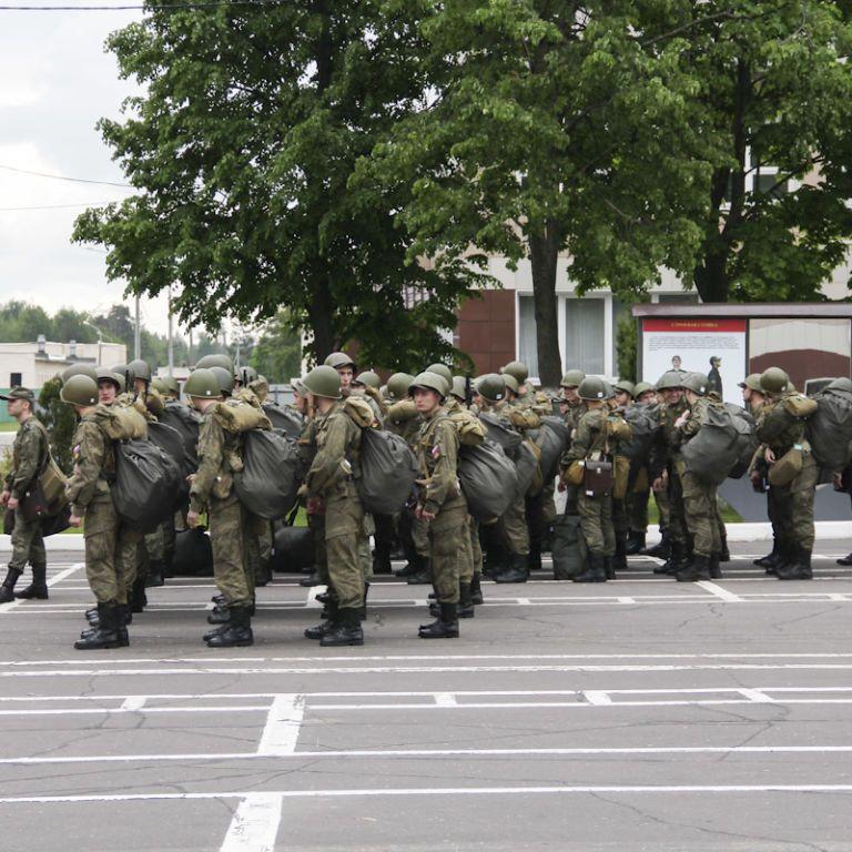Вони їдуть на Захід. У Білорусі стартують масштабні військові навчання з росіянами