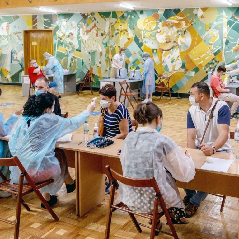 Вакцинация в Украине: как на этой неделе в Киеве будут работать центры прививки