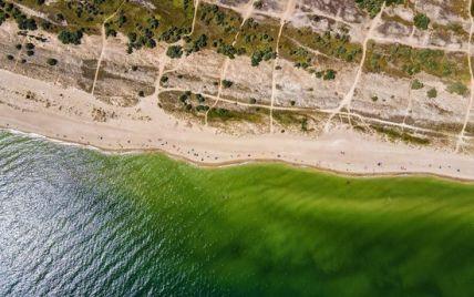 Пробили дно: оккупанты в Крыму начали добывать воду из-под Азовского моря