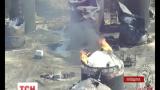 Из уцелевших на нефтебазе под Киевом цистерн откачали половину топлива