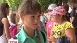Дети из Славянска приехали в гости к военным, которые восстановили их школу