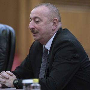 Азербайджанская армия заняла еще несколько стратегических высот в Нагорном Карабахе — Алиев