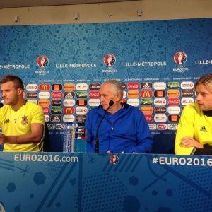Игроки сборной Украины хотят доставить удовольствие болельщикам на Евро-2016 - Фоменко
