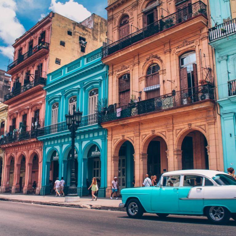 Azur Air Ukraine анонсувала рейс з України до Куби