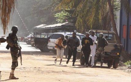 Жертвами теракта в Мали стали два десятка человек