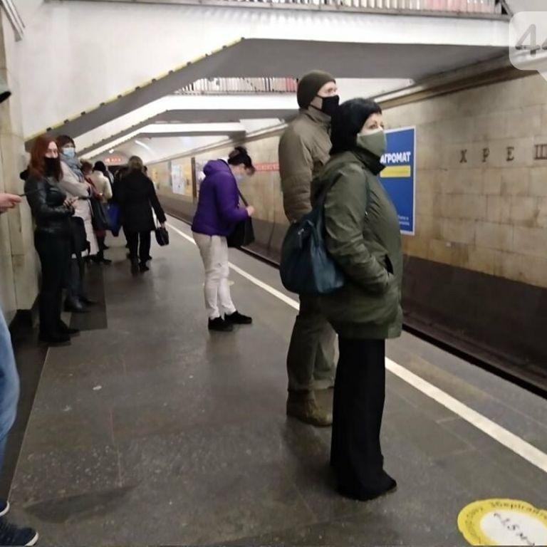 Киевский метрополитен хочет повысить стоимость проезда и просит власть о помощи