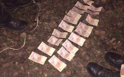 На Ровенщине на взятке задержали четырех полицейских