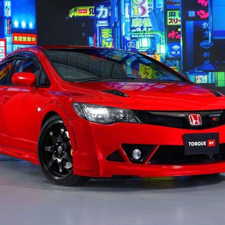 У Великій Британії за шалені 127 тисяч доларів продають 14-річну Honda Civic