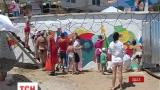 В Одессе разрисовали двухметровую бетонную стену