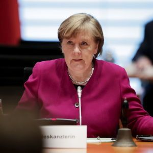 Спецслужбы США несколько лет шпионили за Меркель и европейскими политиками через интернет-кабель Дании — СМИ