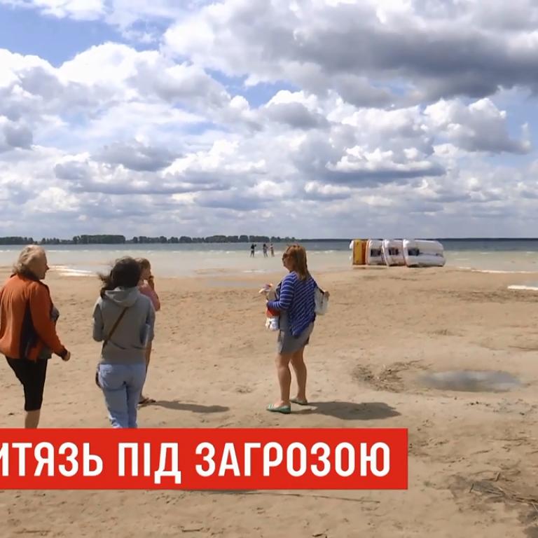 На Волыни катастрофически обмелело крупнейшее озеро Украины
