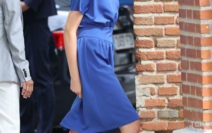 В красивом платье и на каблуках: 15-летняя принцесса Леонор прошла обряд конфирмации