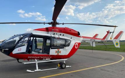 По программе Зеленского во всех областных больницах построят вертолетные площадки