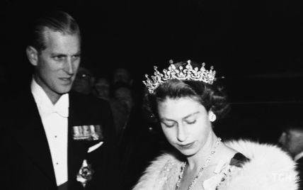 Этот день в истории: четыре ретрофото из жизни принцессы Елизаветы и ее семьи