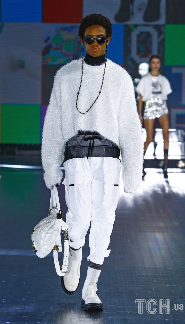 Коллекция Dolce & Gabbana прет-а-порте сезона осень-зима 2021-2022 / © East News