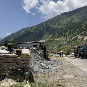 Після смертельної сутички у Гімалаях Індія та Китай домовилися розвести війська