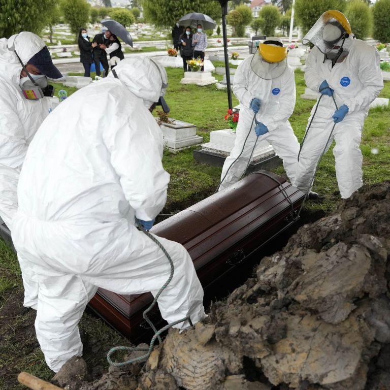 Десятая страна в мире пересекла отметку в 100 тысяч смертей от коронавируса
