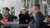Новини України: у Вінниці військові влаштували до Дня вчителя справжній концерт