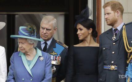 Дочка Меган і Гаррі потіснила в черзі на престол сина королеви Єлизавети II: палац оновив список претендентів