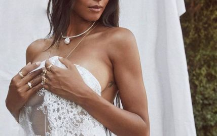 Прикрыла обнаженную грудь фатой: супермодель Лаис Рибейро показала откровенные снимки