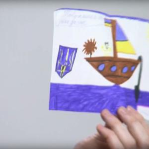 Відкривав у важкі часи: звільнений український моряк зворушив, показавши дитячі листи