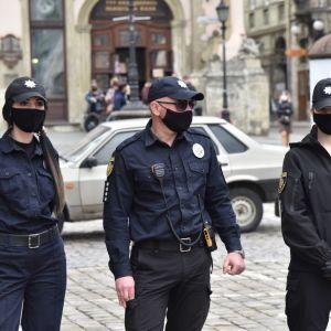 В Украине увеличится количество рейдовых групп полиции, которые будут проверять соблюдение карантина