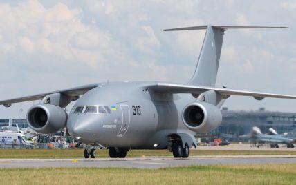 Українські літаки планують збирати у Канаді
