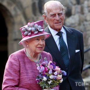 У королівському Instagram опублікували рідкісний знімок Єлизавети II і принца Філіпа