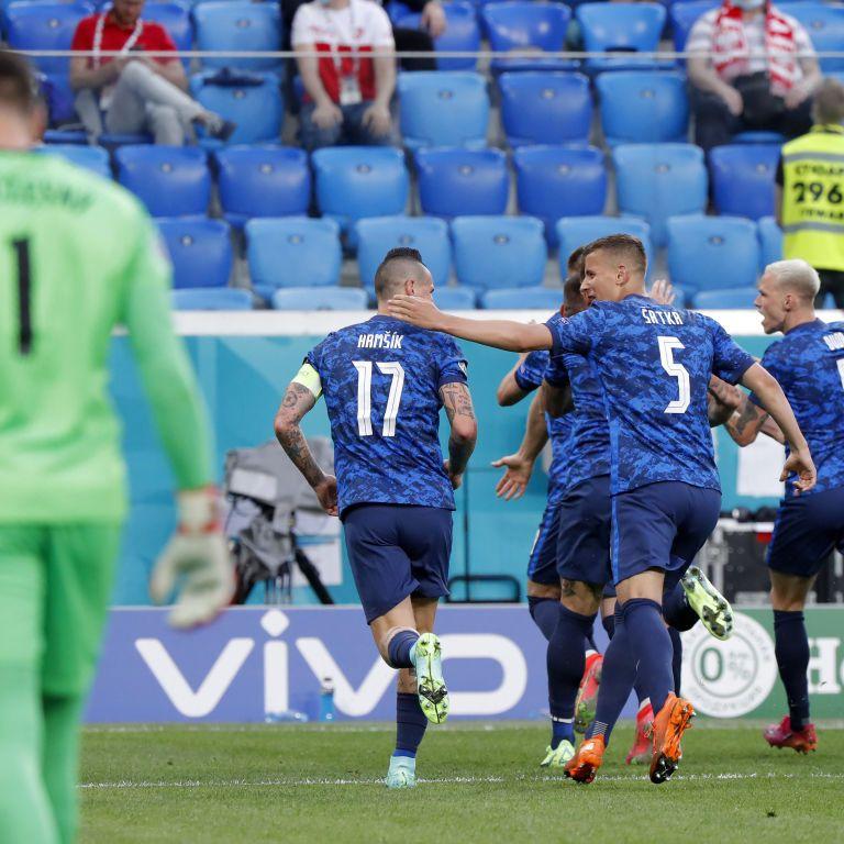 Перший автогол і перше вилучення: Польща з Левандовські програла Словаччині у стартовому матчі Євро-2020