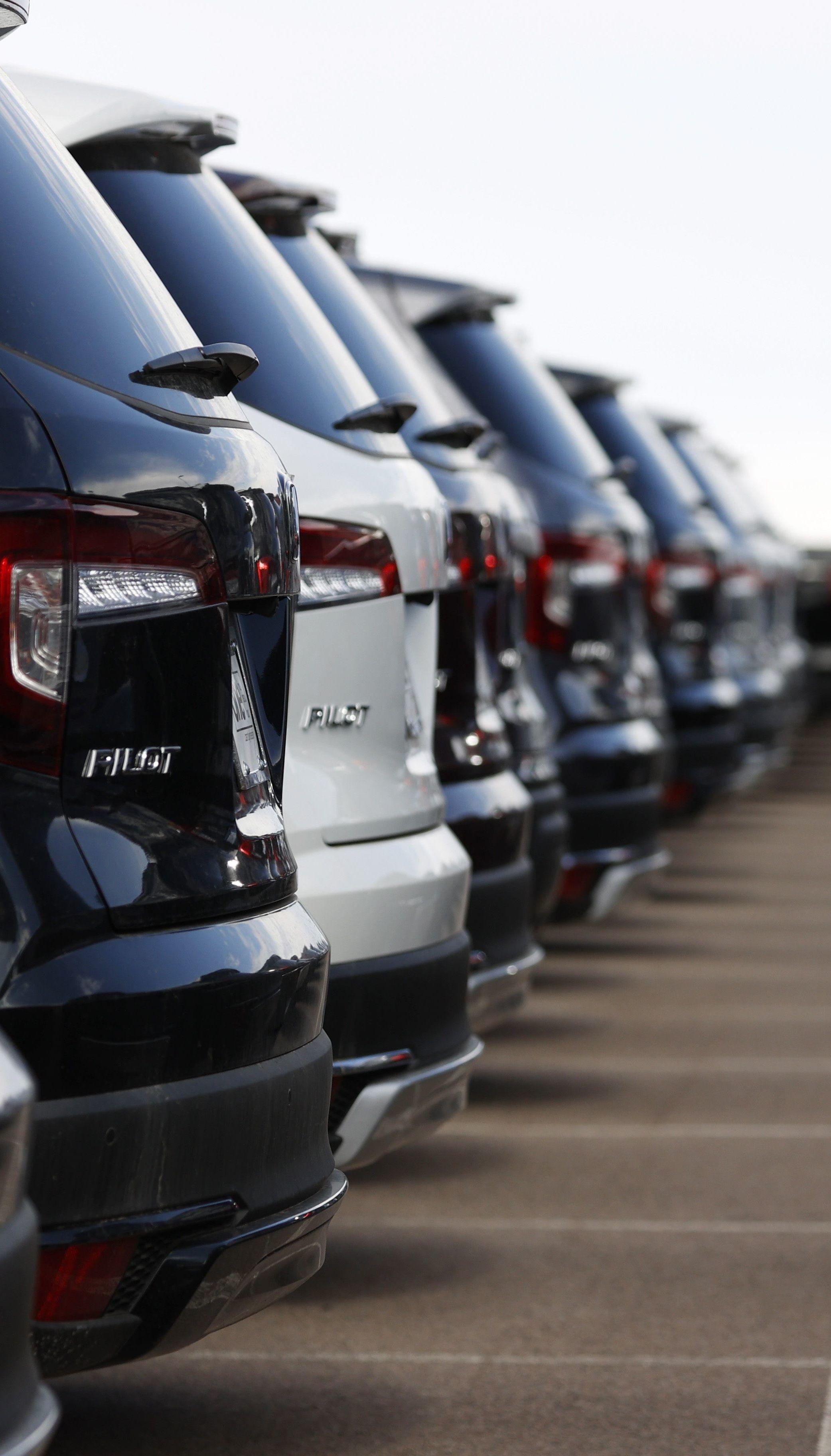 В Україні набирає обертів нова автомобільна афера: що відомо